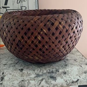 Other - Dark brown beautifully woven basket 🧺